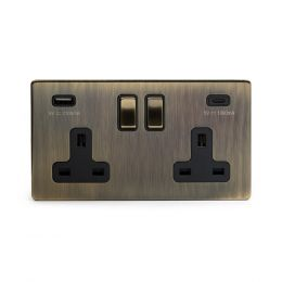 The Charterhouse Collection Antique Brass 2 Gang USB C Socket (13A Socket + 2 USB Ports A+C 3.1A) Blk Ins Screwless