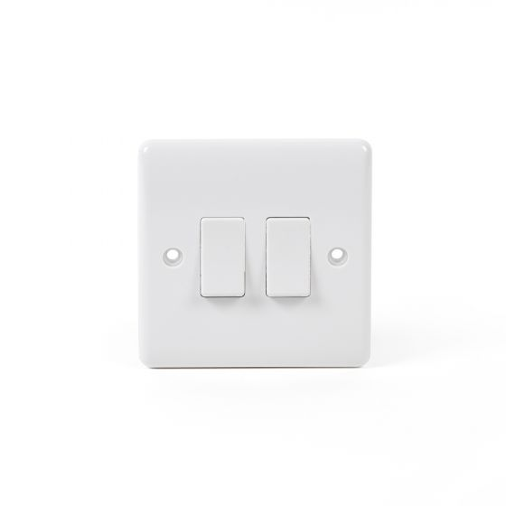 White ST Range 10A 2 Gang 2 Way Switch